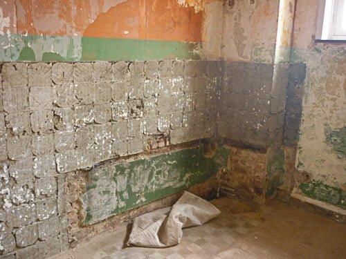 Bathroom demolition clean wall 2
