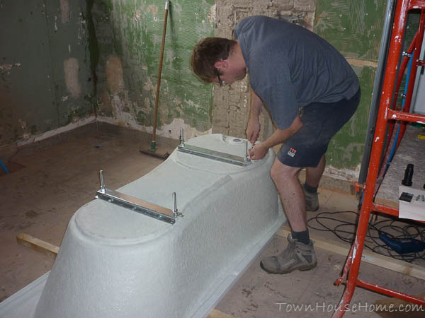 Bath placing legs