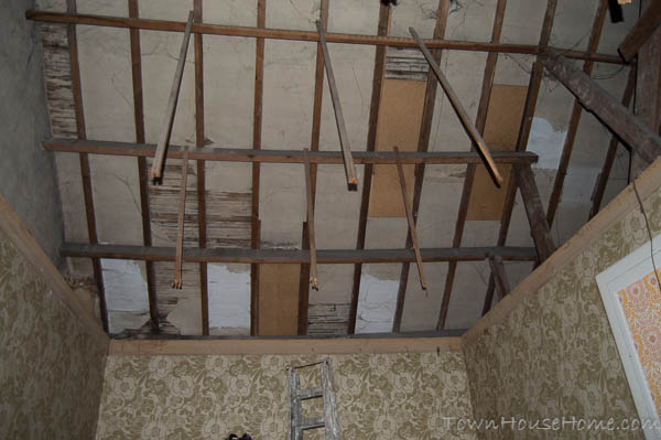 Ceiling without frame
