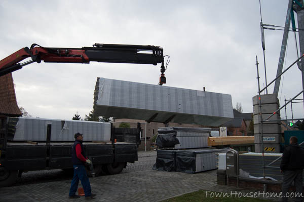 Delivery sandwich panels